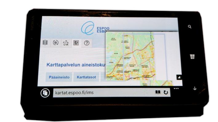 Noki-maps-smartphone