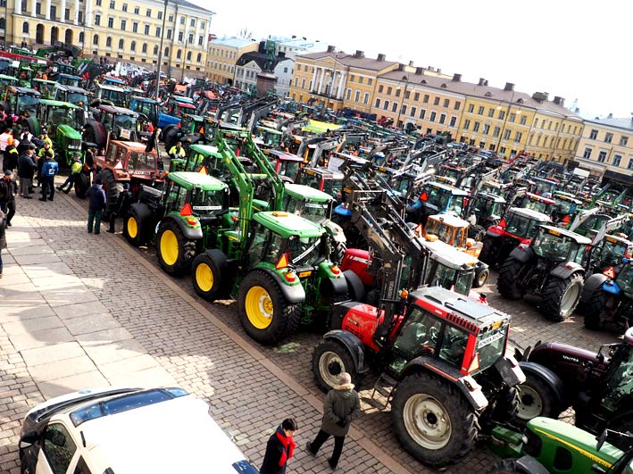 Mielenosoitus-traktori