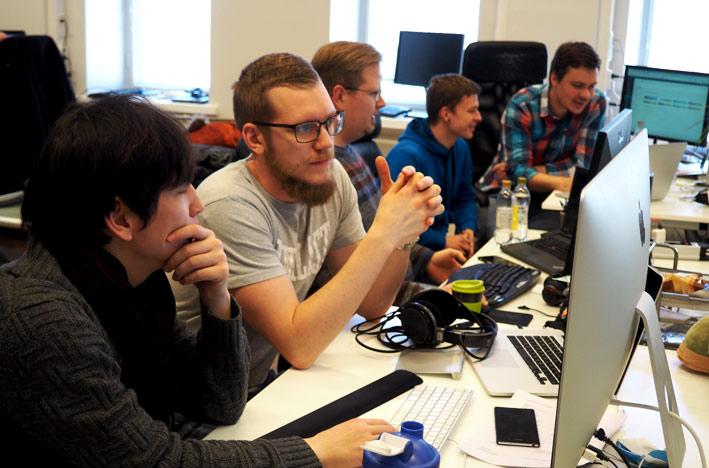 Web-kehittäjiä