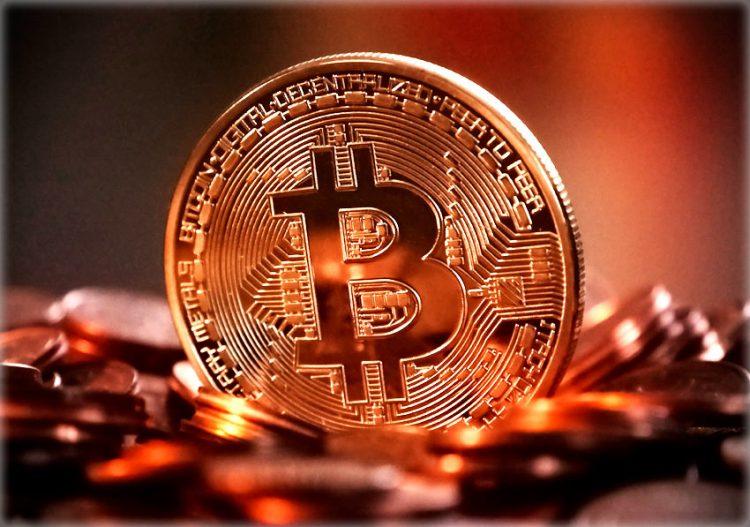 Mitä bitcoineihin sijoittavan kannattaa tietää